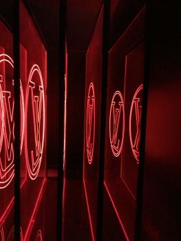 Louis Vuitton Serie 2 expo