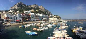 Capri Main Port