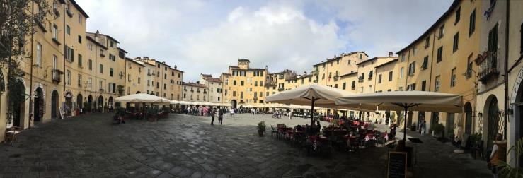 Piazza Amfiteatro